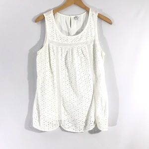 OLD NAVY Sleeveless white eyelet top in cotton  L